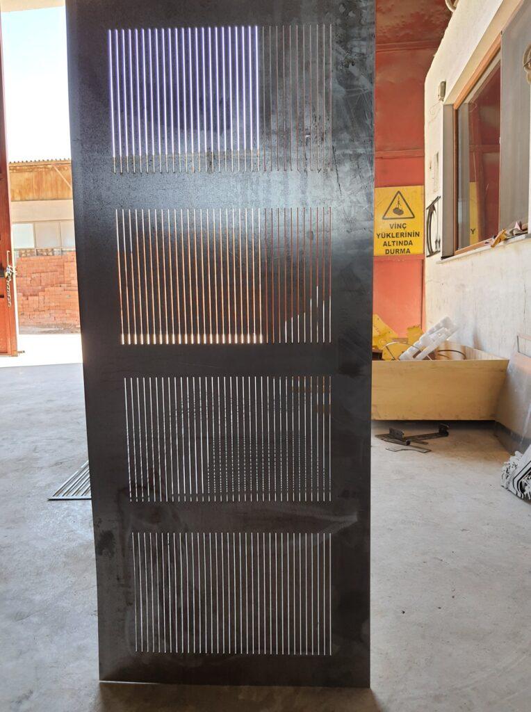 metal lazer kesim fason lazer işleme sac işleme siyah sac paslanmaz
